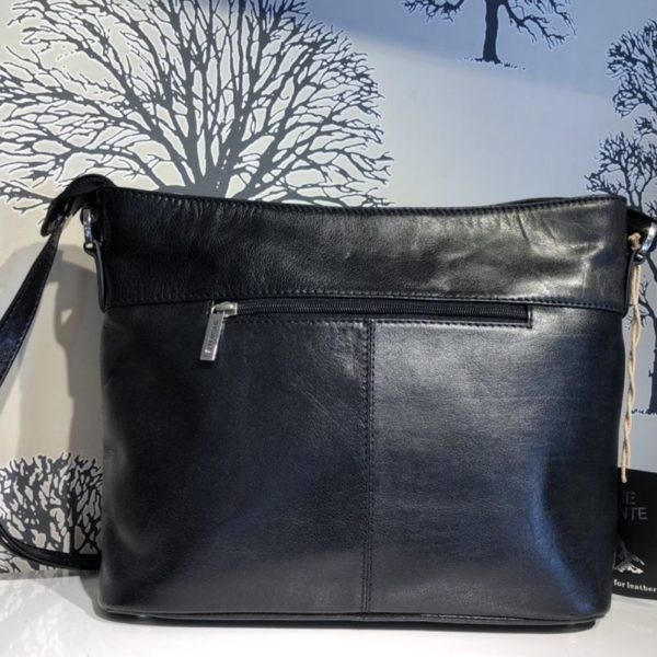 Maria svart väska